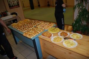 buffet-130607-04